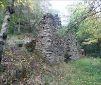 Veduta esterna dei ruderi della cappella